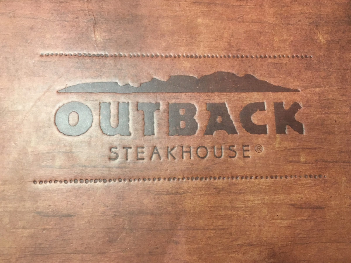 Quick Burger Break at Outback Steakhouse, Glorietta