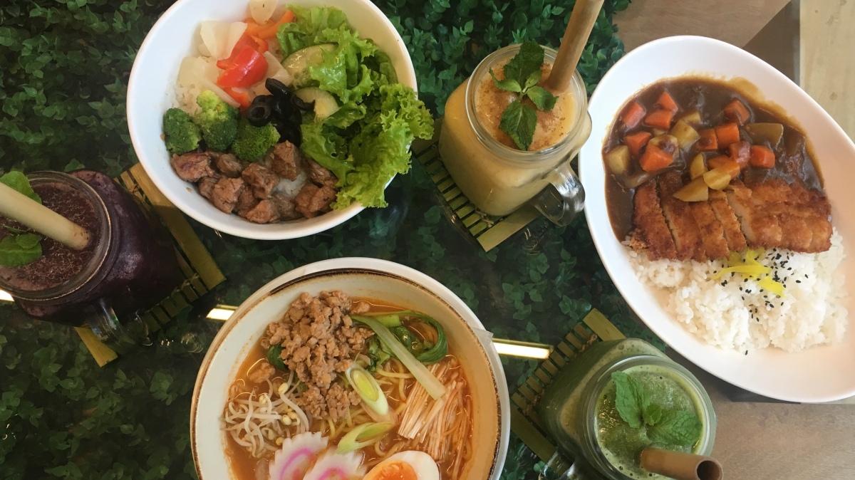 Yummy and healthy eats at Nomi Cafe,BGC