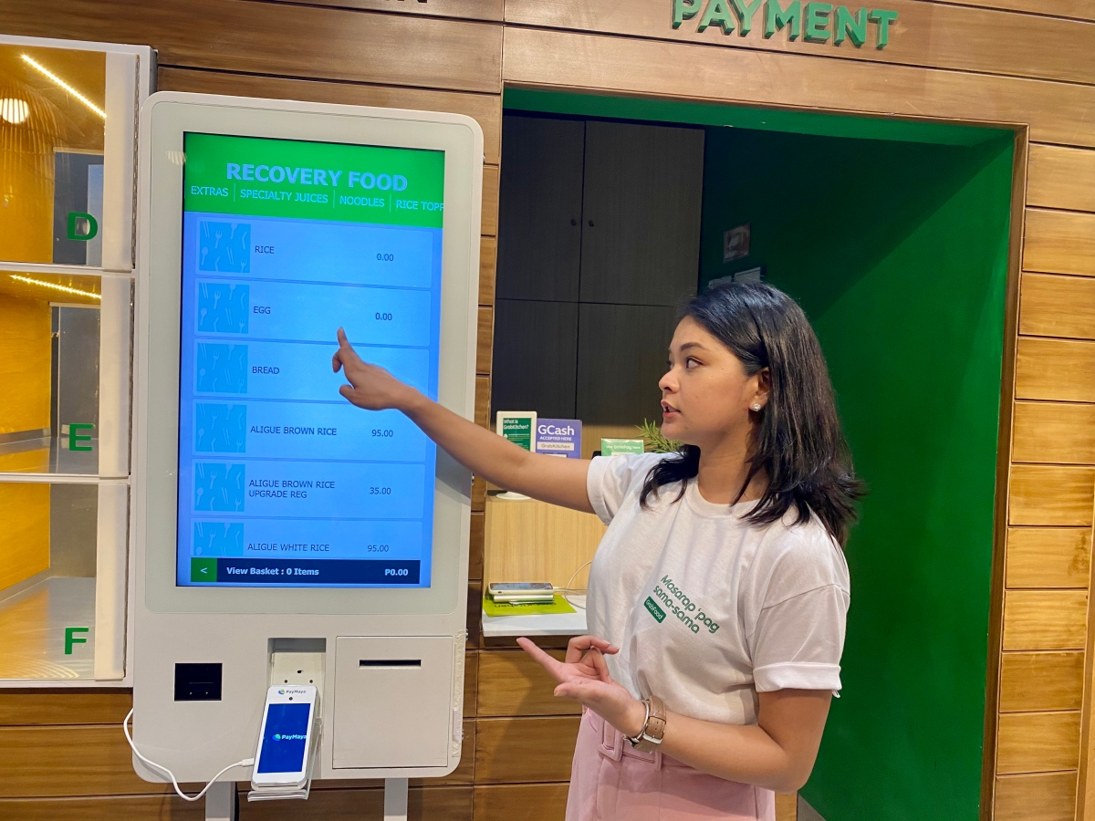 GrabFood unveils the first GrabKitchen in the Philippines