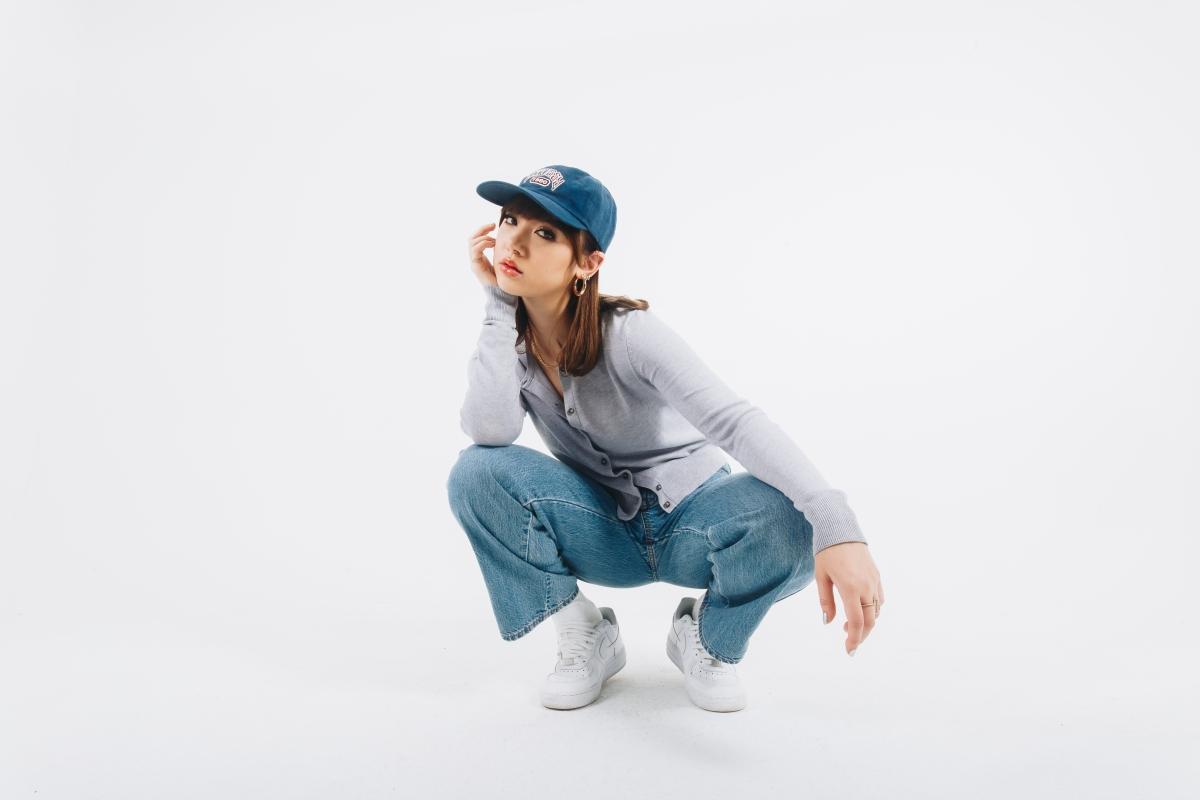 "Jannine Weigel drops new single""Passcode"""