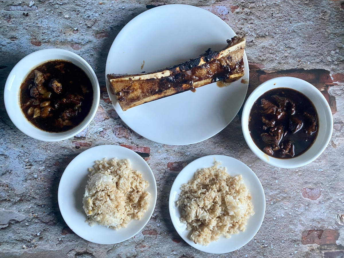 Comfort food delivery from Pares Retiro, P. Tuazon