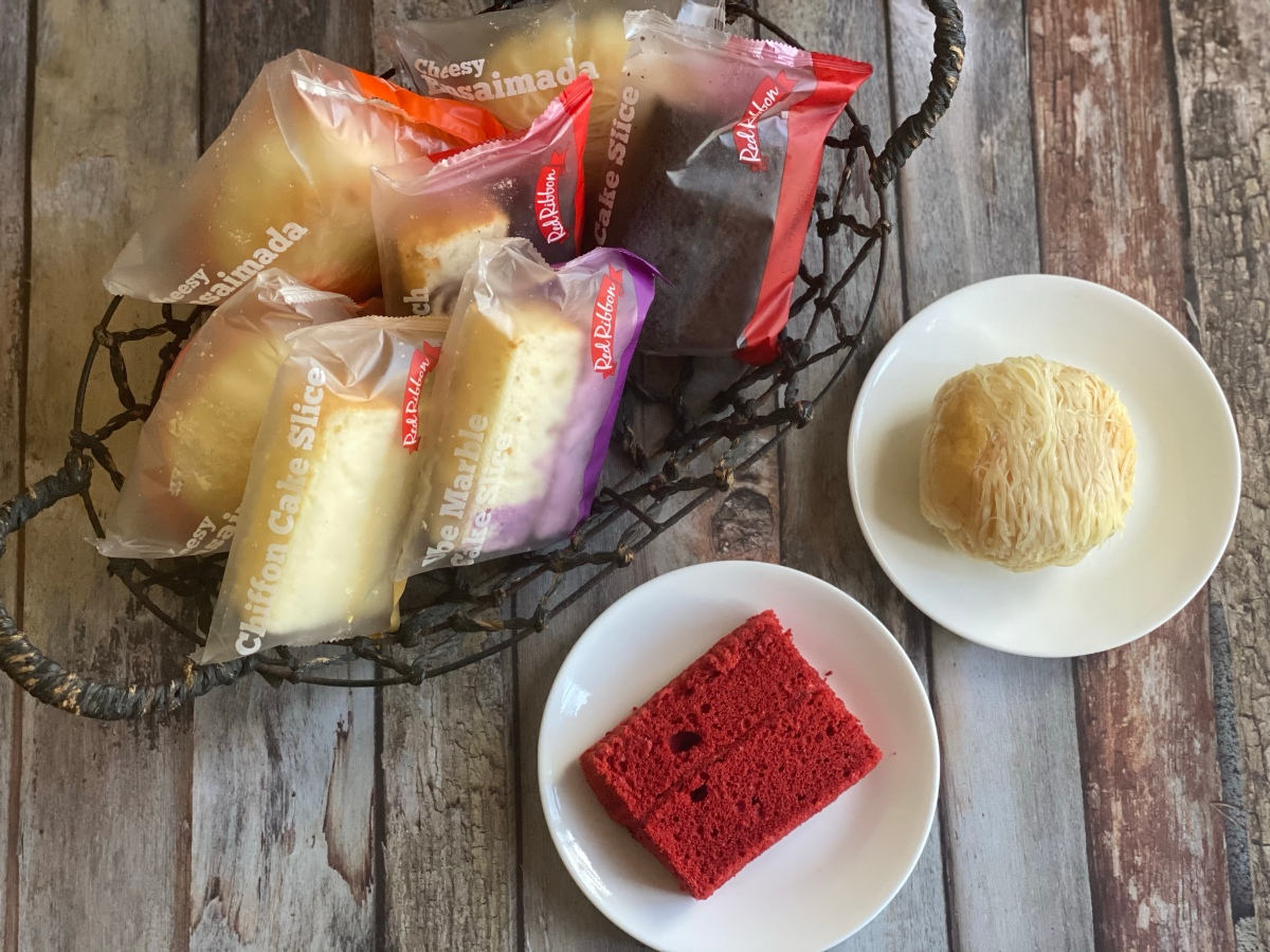 Sweet snacktimes with Red RibbonBakeshop