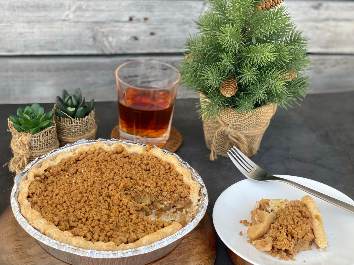 Yummy homemade apple pie for the apple of your eye
