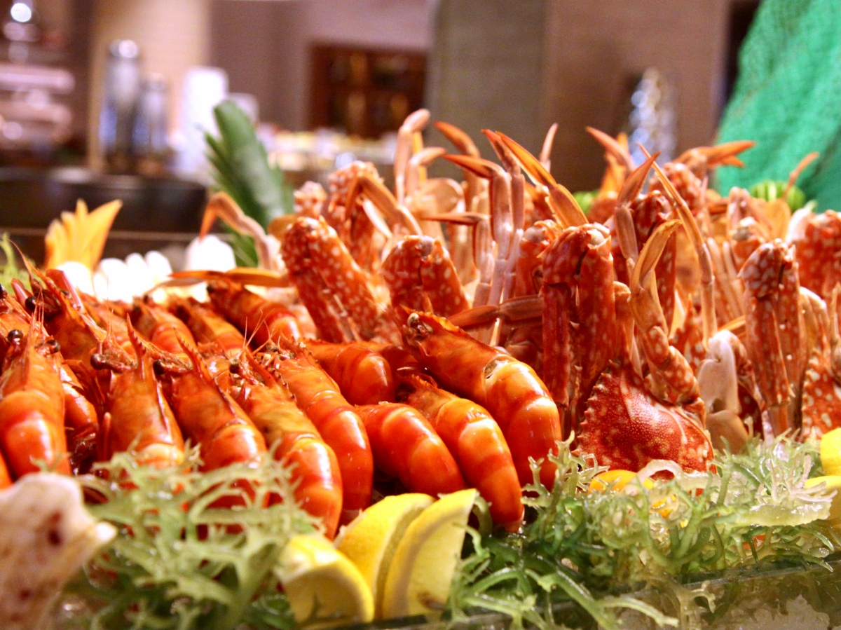 The Manila Hotel's Café Ilang-Ilang opens doors todiners